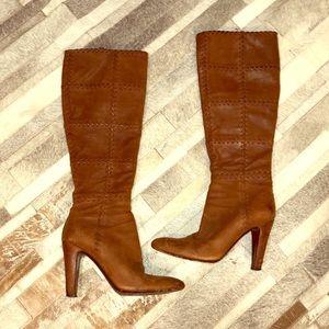 • Amazing auth Brown Prada boots size 6.5